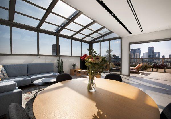 עיצוב הבית ב 4 שעות – ספיר ואלון